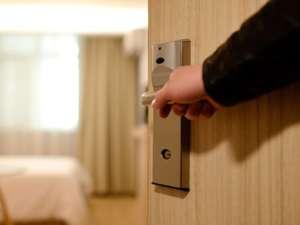 hotel-door-open